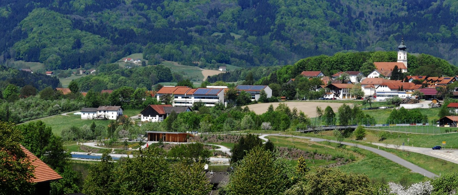 Monteurunterkunft bei Deggendorf - Günstige Übernachtung in Lalling / Hunding